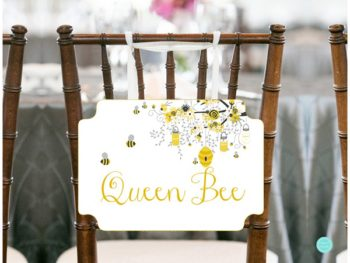 sn185-chair-sign-8-5x11-queen-bee-baby-shower-mommy-to-be-chair-1