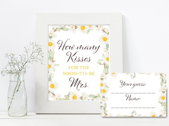 bs691-how-many-kisses-sign-spring-daisy-theme-bridal-shower