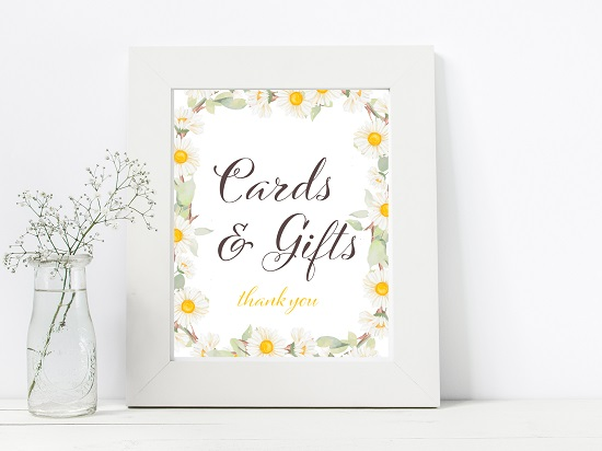cards-gifts-spring-daisy-themed-table-signs