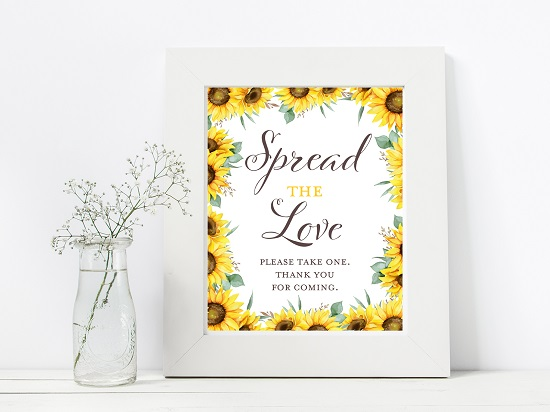 spread-the-love-sunflower-theme-sign