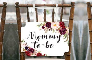 burgundy-boho-baby-shower-chair-sign-for-mommy